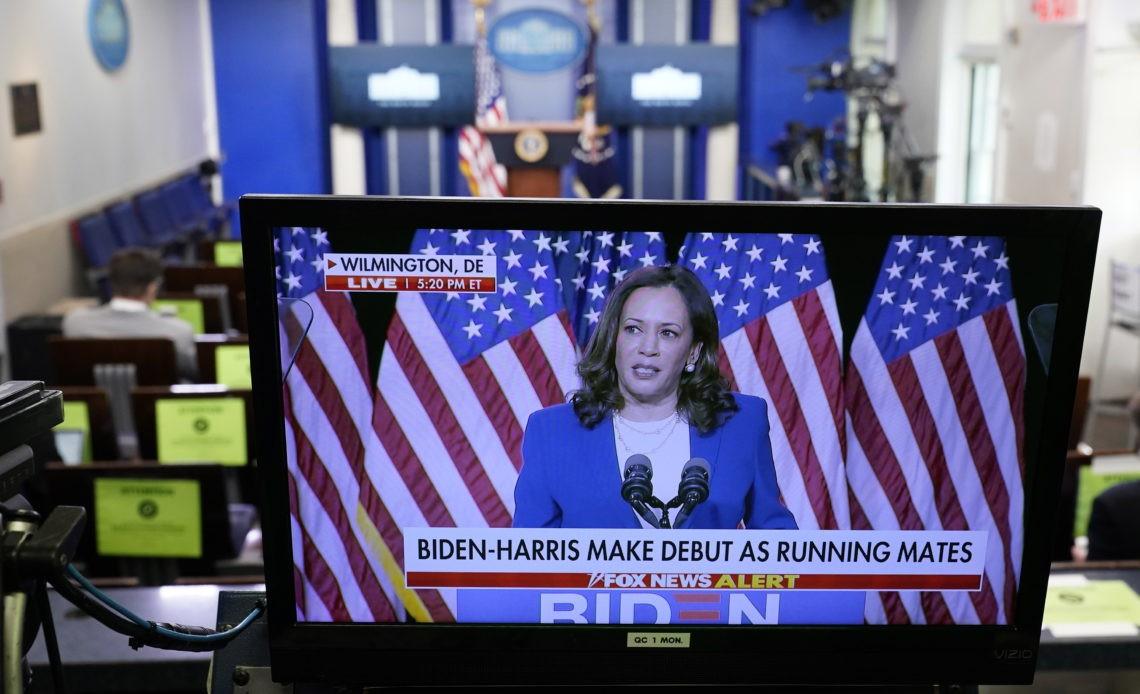 Biden Presents Kamala Harris Plataforma Media