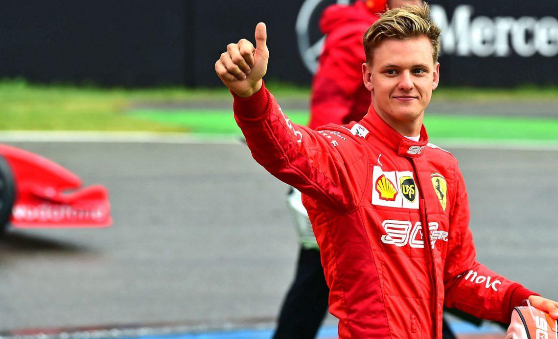 Mick Schumacher vence campeonato de Fórmula 2